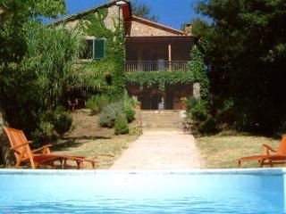 Santa Fiora - An attractive villa in the Maremma area.