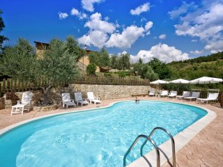 Podere Baldaccio - Beautiful old farmhouse situated on an estate near Assisi