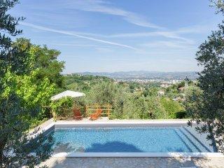 Villa Perticara - Villa with saltwater pool in the hills, beautiful views, close to Lazio
