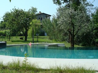 Villa Edera - Beautiful villa with lake view, pool and garden. In Bardolino (Garda Lake)