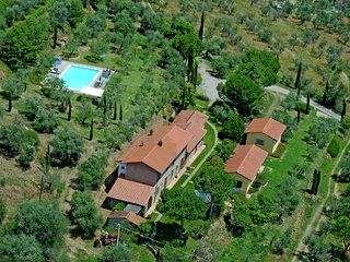 Villa Elena - Villa with private swimming pool in the countryside, near Cortona