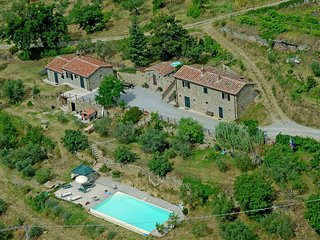 Il Torreone - Rustic villa in the hills of Tuscany for an unforgettable