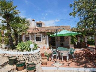 Quiet Countryside Retreat 5 bedrooms, 2500m2 garden