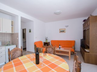 Holiday Home Blue Dream - Two Bedroom Apartment with Terrace and Sea View (A2)