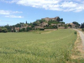 Casa en pueblo medieval en el corazón del  Empordà - Gerona