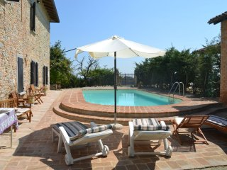 Angels House - Magnificent old country house with garden and private pool, with wifi