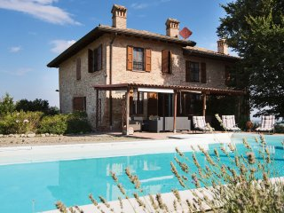 Villa Manganina - Magnificent old country house with garden and private pool