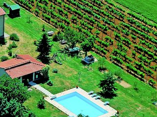 Selvolona - Group accommodation with large communal areas, private pool and barbecue