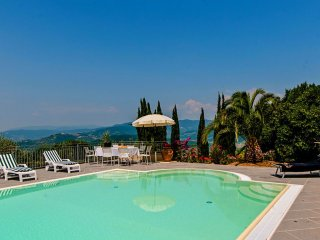 Villa Casale Vaticano - Beautiful detached property with private pool and hot