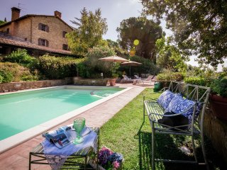 Villa Passignano - Luxurious villa with private pool and panoramic views over