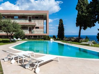 Bella Uno - Exclusive residence with swimming pool, lovely views of Taormina