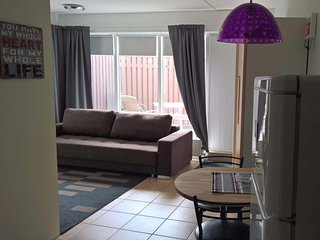 Cozy apartment in the Reykjavik area, free parking and free WiFi