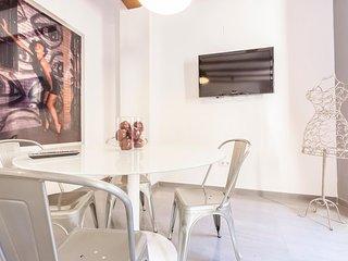 Sameris Carmen Apartment by Hoom