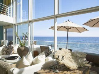 Exclusive Luxury Malibu Beach Oceanfont Home with Large Master Bedroom Loft