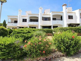 Townhouse close to the beach with Swimming Pool