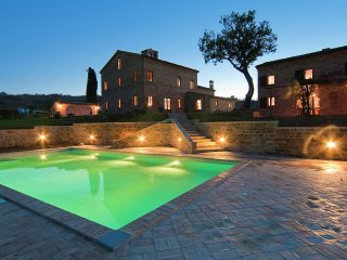 Villa Quindici - Holiday house in a hilly countryside with private pool