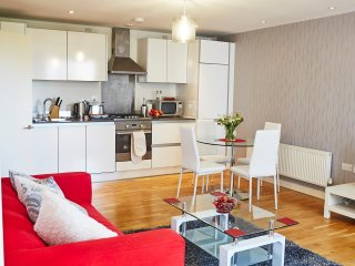 Stawi Serviced Apartment at Hunsaker, Chatham Place. Reading Town Centre