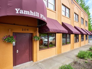 Yamhill Flats: Suite 3