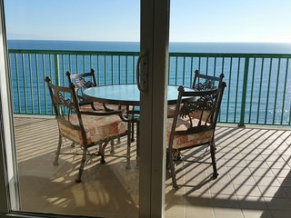 Wonderful Views in Luxury Condo with 2 Direct Oceanfront Master Suites