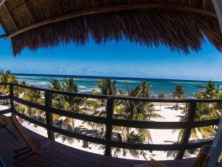 GA Klein Playa Paradise 2ND Floor - Highly Rated !