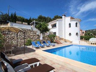 Blanca - charming, Spanish finca style holiday villa in Costa Blanca
