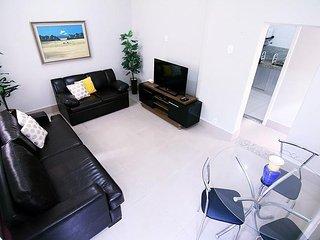 2 bedrooms apartment in Copacabana D037