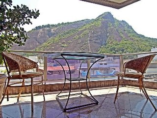 Holiday Rentals for up to 5 people in Copacabana in Rio de Janeiro D034