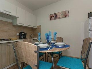 Apartment 12760