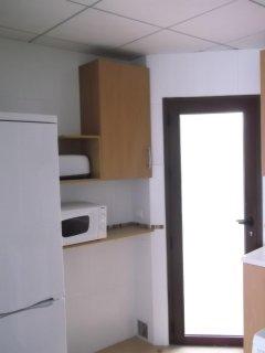 Anexo a la cocina y puerta del patio