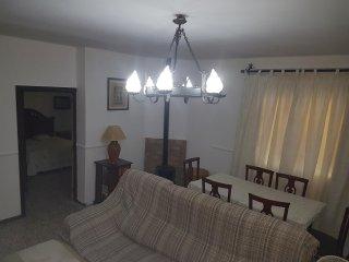 Preciosa vivienda familiar, decorada con mucho cariño, muy luminosa a tan sólo 4