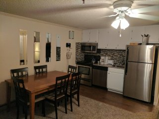 ML#333, 2BR/2Bath SKI/Bike in/out*Free Wifi,Parking and AC