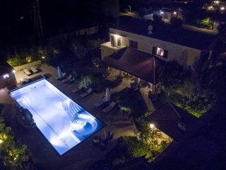 SK33 Villa Maria for 14-18p with a big pool