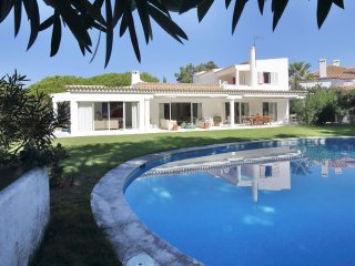 Quinta das Salinas (Quinta do Lago) - 5 bedrooms villa; beach walking distance