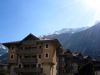 Ginabelle2J - superb ski chalet in the heart of Chamonix, parking and free WI-FI