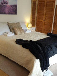 Linen, robes, slippers, alpaca throw....just cuddle up and relax