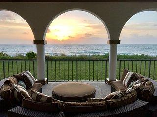 Coastal Elegant Ocean & Beachfront Vacation Home w/Pool, Vero Beach, Florida