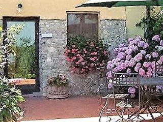 2 bedroom Villa in Polvereto, Tuscany, Italy : ref 5240957