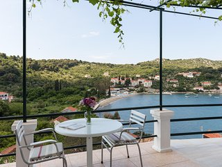 Apartments Miskovic - Duplex Two Bedroom Suite with Balcony and Sea View -Middle