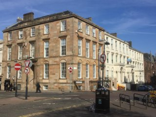 Luxury 4 Bedroom Apartment  in Blythswood Square