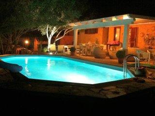 Villa - con piscina a 300 mt dal mare