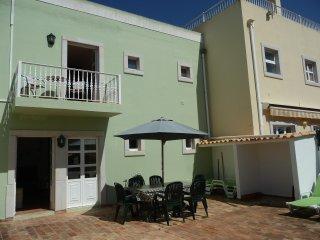 Villa Casa Gara 3 + 1 Bedroom Townhouse near Old Village and Hilton Hotel - AL