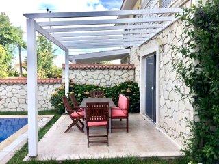 3 Bedroom Alacati villa with private pool