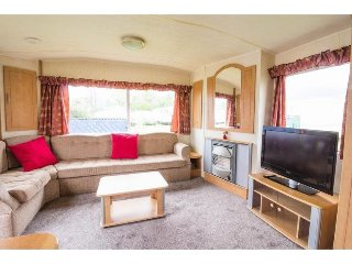 20026 Broadlands, 3 Bed, 9 Berth