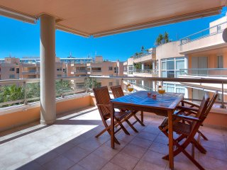 Bossa Beach 3 Bed apartment with delightful sea views