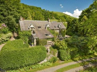 The Snug Bed & Breakfast, Gardener's Cottage, Fortingall, near Aberfeldy