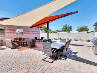 Modern 2BR Guest House in Phoenix Central Corridor