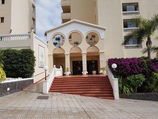 Bonito apartamento en los Cristianos complejo con piscina climatizada