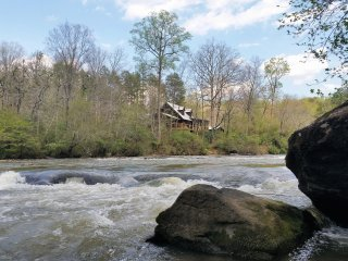 Chattahoochee River Fun: Sparkleberry Shoals Cabin