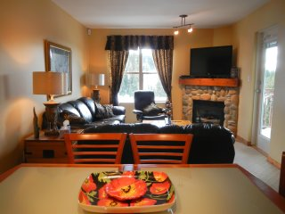 WinterStar - Two Bedroom/Two Bath Wintergreen Condo - Sleeps 7