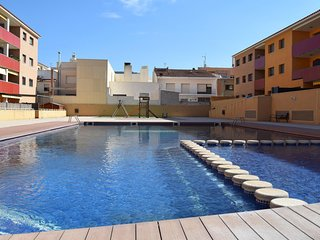 SHG LOW COST WIFI + NETFLIX + piscina + A/A + parking + 40 metros terraza